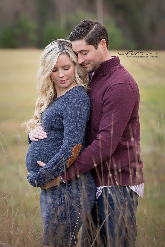 11072018nancymerrillphotography-mainematernityphotographer-centralmainematernitystudio-newenglandportraitstudio-maternityposing-rusticmaternityphotographer-g copy.jpg