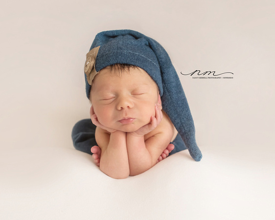 20180116-Cute-Newborn-Pictures-natureal-baby-photos-froggypose copy